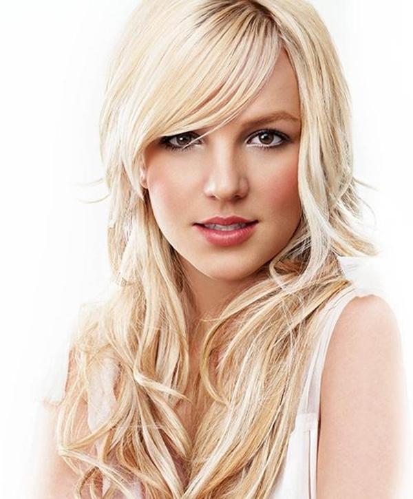 Britney Spear có một khoảng thời gian sa ngã và phải vào trại cải tạo năm 2007.