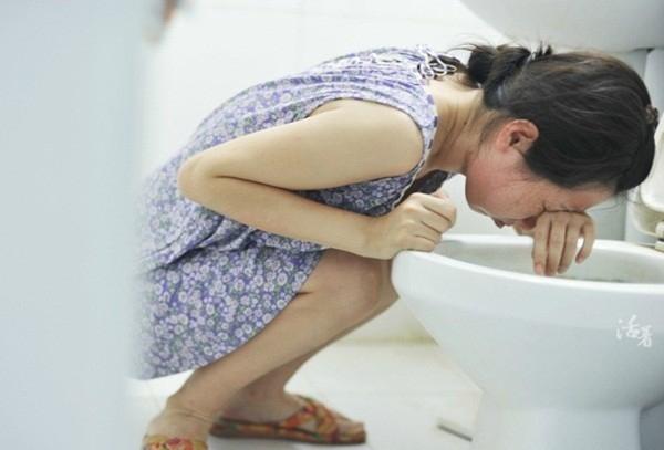 Ngày 47: Ju ốm nghén thời kỳ đầu mang thai.