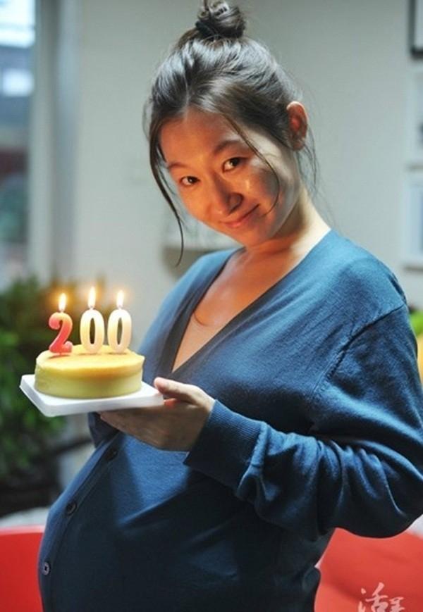 Ngày 200: Đôi vợ chồng trẻ kỷ niệm 200 ngày mang bầu của Ju.