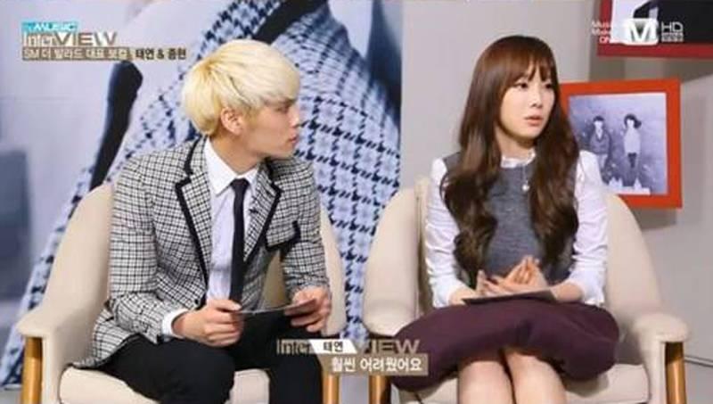 Jonghyun và Taeyeon trong buổi phỏng vấn của Mnet