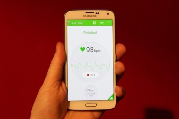 Galaxy S5 sẽ có thể được tích hợp các ứng dụng theo dõi sức khỏe người dùng.