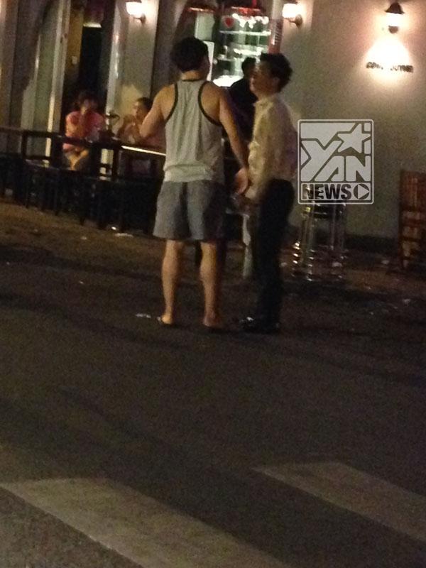 Dù thế nào có lẽ fan của Lê Hiếu cũng phần nào yên tâm vì anh chàng có vẻ đã lấy lại tinh thần sau chuyện tình cảm với Văn Mai Hương.