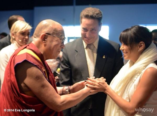 Eva Longoria gặp Đức Đạt Lai Lạt Ma.
