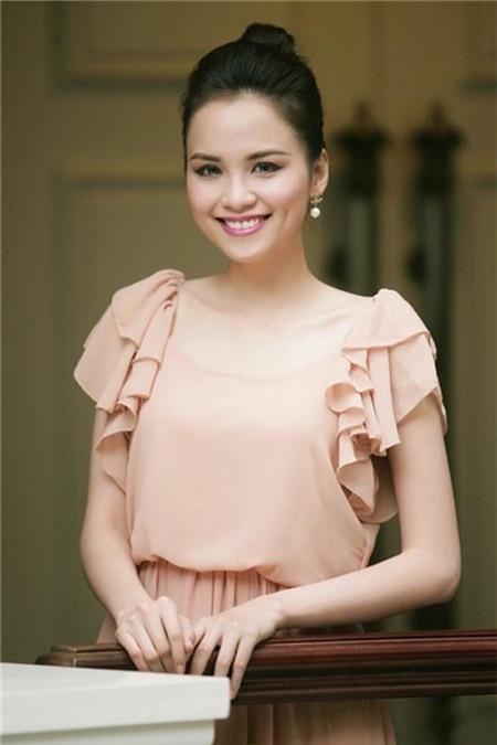 Chuyện tình cảm của Diễm Hương đã từng gây xôn xao dư luận trong năm 2012.