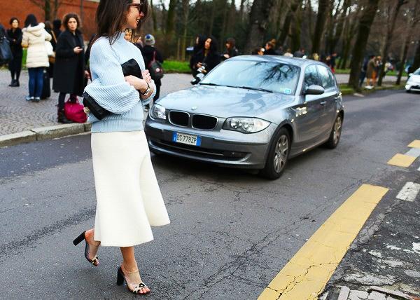 Street style rực rỡ và sang trọng tại Tuần lễ thời trang Milan