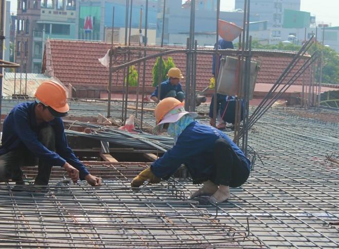 Những phụ nữ làm công việc của đàn ông ở Sài Gòn