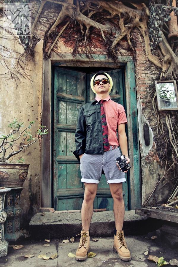 """Sơn Việt """"tăng động"""" cùng thời trang cá tính chào hè"""