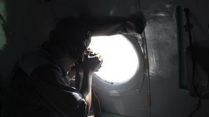 Việt Nam đang nỗ lực tham gia công tác tìm kiếm máy bay Boeing 777-200 mất tích trên vùng biển giữa Việt Nam và Malaysia - Ảnh: Reuters