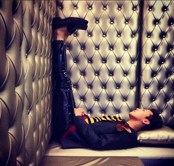 """G-Dragon đăng tải bức ảnh trên Instagram với lời nhắn: """"Hôm nay thật tuyệt vời"""""""