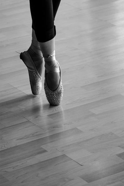 Đôi giày mũi cứng đã làm nên thành công cho Yến Trang ở mùa giải thứ 4 - Tin sao Viet - Tin tuc sao Viet - Scandal sao Viet - Tin tuc cua Sao - Tin cua Sao