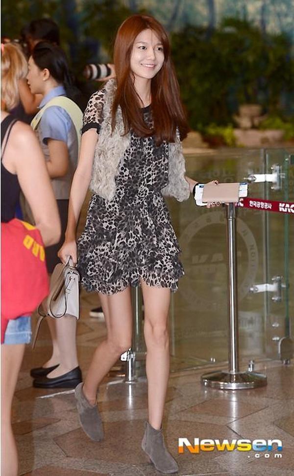 Thời trang đời thường của Soo Young - cô nàng chân dài nhất SNSD