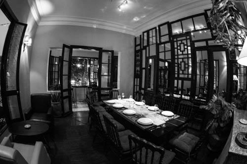 """Costra Nostra - Quán cafe dành cho giới trẻ của những """"bố già"""""""