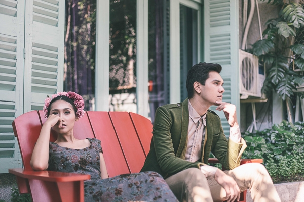 Siêu mẫu Khánh Ngọc tình tứ bên Nhiko Đinh với thời trang vintage