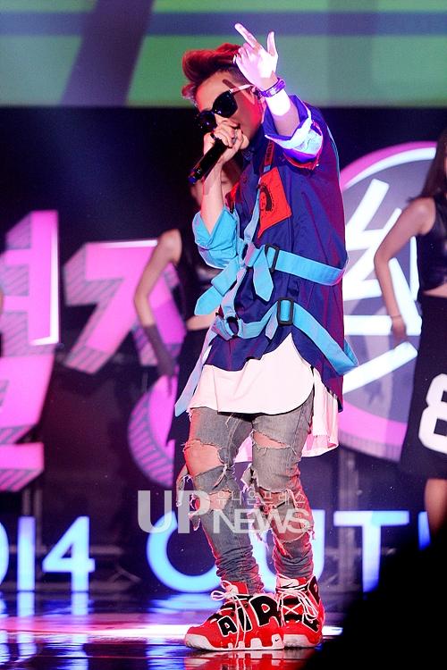 Những hình ảnh tuyệt vời của G-Dragon trong đêm diễn hôm qua