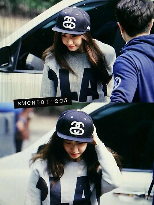 Yoona cực đáng yêu với phong cách hip hop