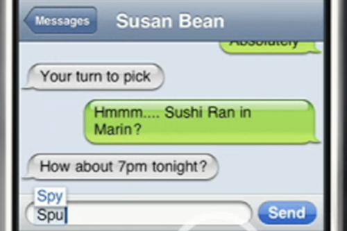 Bằng sáng chế được cấp năm 2011 về khả năng đoán trước từ mà người sử dụng định viết (Auto-Complete Text) của Apple cũng xuất hiện trên các điện thoại chạy Android, nhưng Apple vẫn quả quyết rằng cơ chế hoạt động trên thiết bị Samsung giống của họ hơn cả.