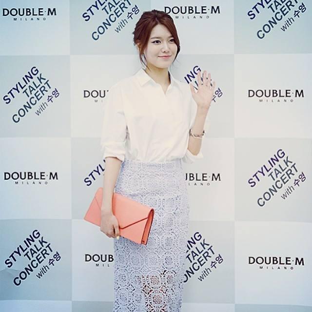 Sooyoung khoe hình đi dự sự kiện của Double M