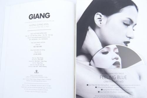 """Cuốn tự truyện """"Tôi vẽ chân dung tôi"""" vừa ra mắt của Hương Giang Idol"""