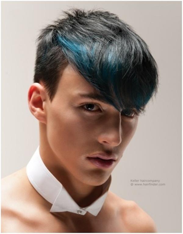 """Giới trẻ sốt với """"mascara màu"""" dành cho tóc"""