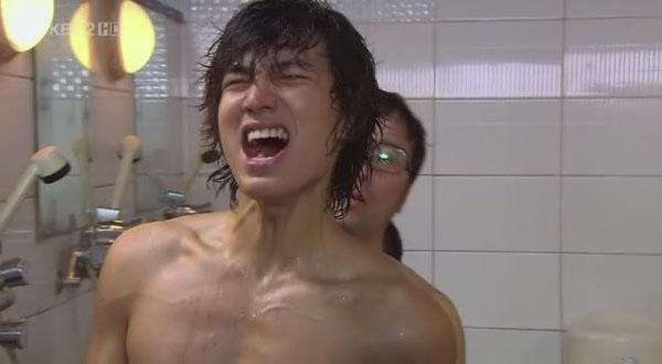Lee Min Ho còn có cảnh tắm trong các bộ phim Boys Over Flowers,