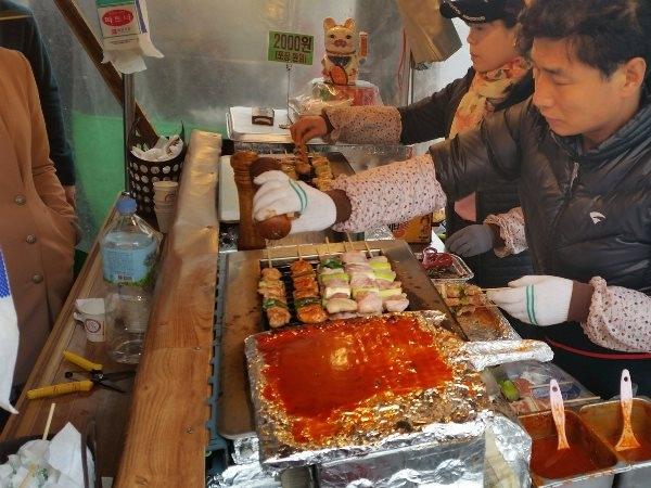 [Bạn biết chưa] Các món ăn vặt ngon lạ nổi tiếng của xứ Hàn