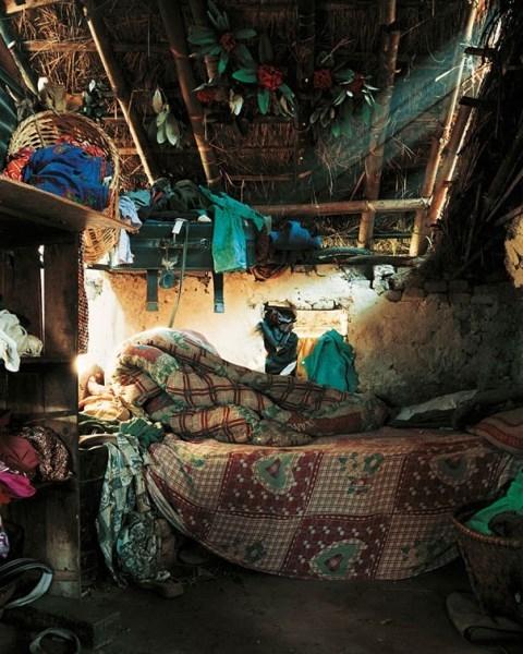 """Những chiếc giường từ """"sang chảnh"""" đến tồi tàn của trẻ em trên thế giới"""