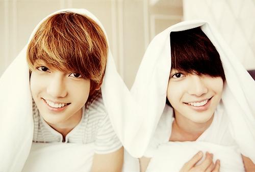 Anh em sinh đôi Youngmin và Kwangmin (Boyfriend)