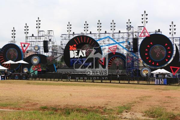 Sân khấu YAN Beatfest đã sẵn sàng để bùng nổ ngay khi có thể