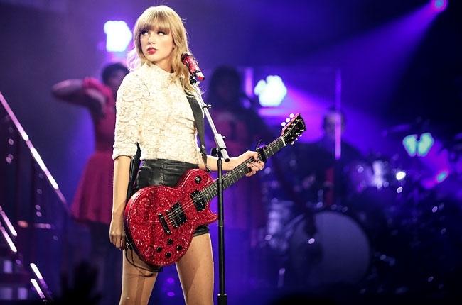 Hình ảnh Taylor Swift trong Red Tour
