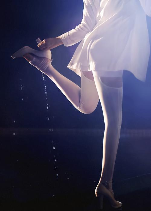 Những hình ảnh teaser mới nhất của Jiyeon cho ca khúc mới