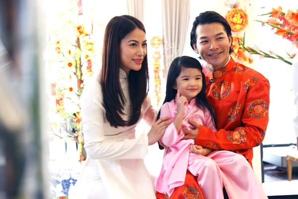 Theo năm tháng, Bảo Tiên lớn lên. Những hình ảnh đời thường của bé và vợ chồng Trương Ngọc Ánh-Trần Bảo Sơn càng minh chứng cho tình cảm hạnh phúc của gia đình họ. Những nụ cười hay khuôn mặt trêu đùa vui vẻ hạnh phúc của các thành viên trong gia đình.
