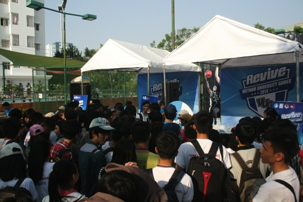 Campus Tour Revive VUG 2014: Hành trình hứng khởi kết nối sinh viên