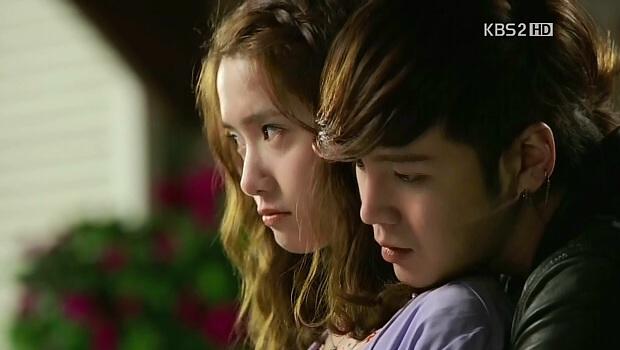 Jang Geun Suk và Yoona cực lãng mạn trong Love Rain