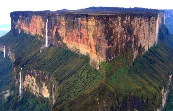 """16 địa danh hấp dẫn nhất trái đất phải đến trước khi chúng bị """"xóa sổ"""""""