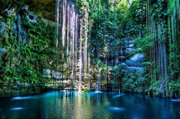 Huyền bí những địa danh linh thiêng nổi tiếng nhất thế giới