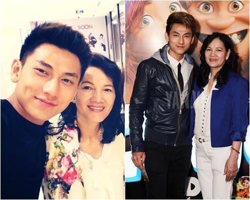 """Isaac cũng là một cậu con trai yêu mẹ trong giới nghệ sĩ, anh chia sẻ: """"Chúc mừng ngày của mẹ, con yêu mẹ nhiều lắm!"""""""