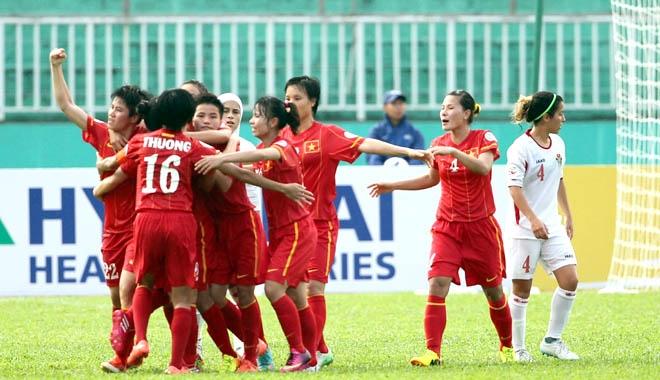 Niềm vui chiến thắng của ĐT Việt Nam. Ảnh: Đức Cường
