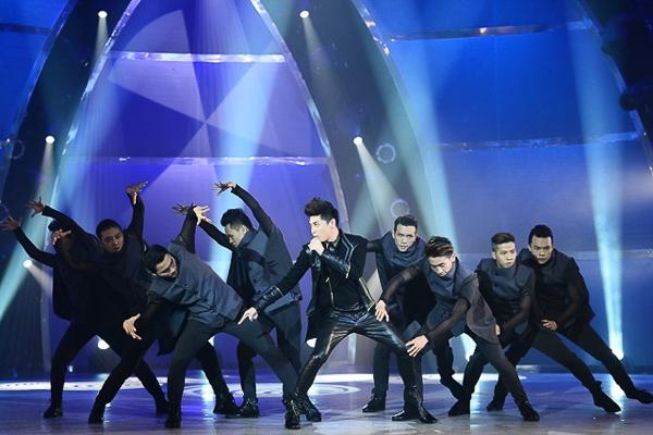 Noo Phước Thịnh làm khách mời trên sân khấu The Winner Is mùa đầu tiên - Tin sao Viet - Tin tuc sao Viet - Scandal sao Viet - Tin tuc cua Sao - Tin cua Sao