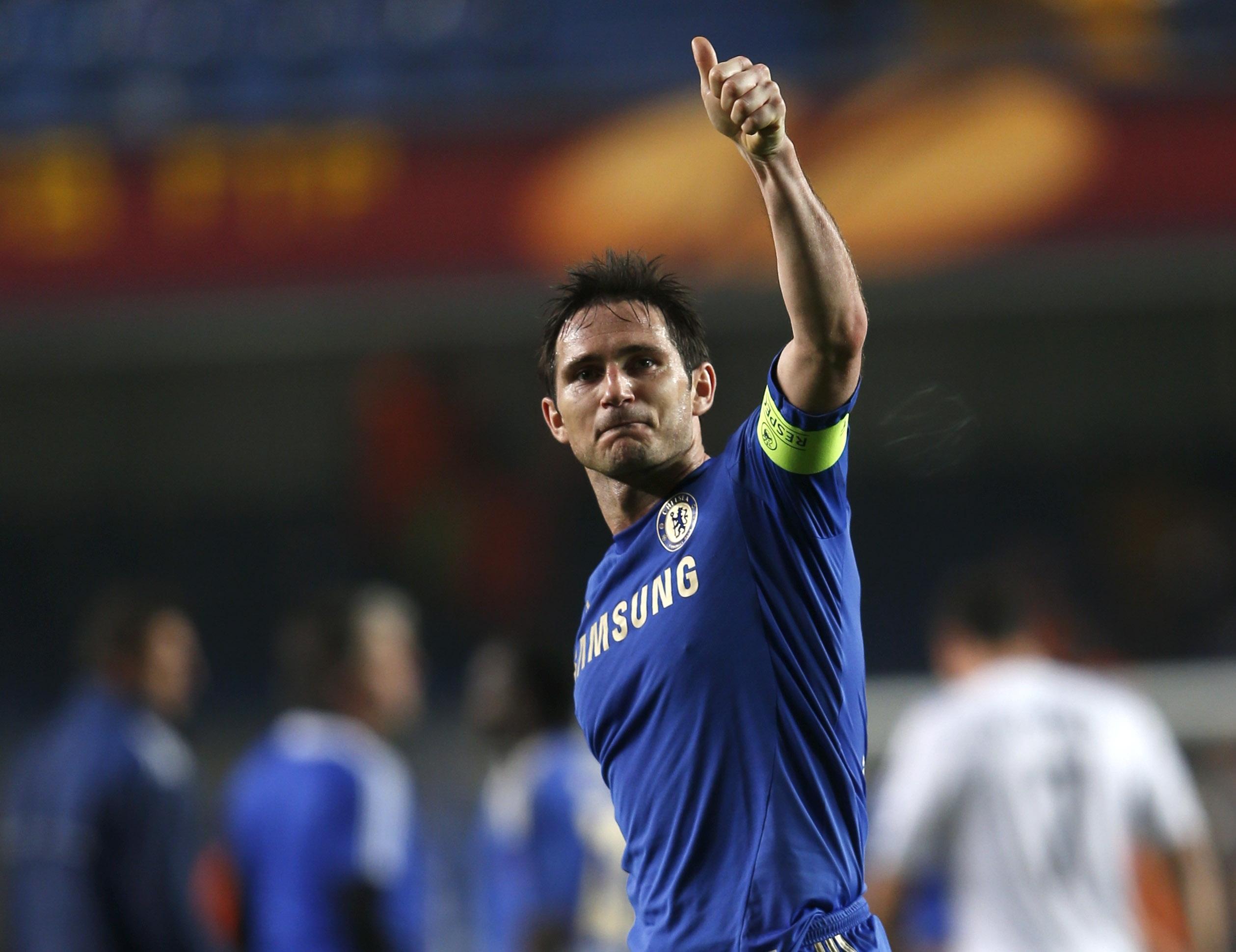 Chelsea không nhượng bộtrong bất kỳ cuộc đàm phán hợp đồngnào dù cho đó là công thầnLampard.