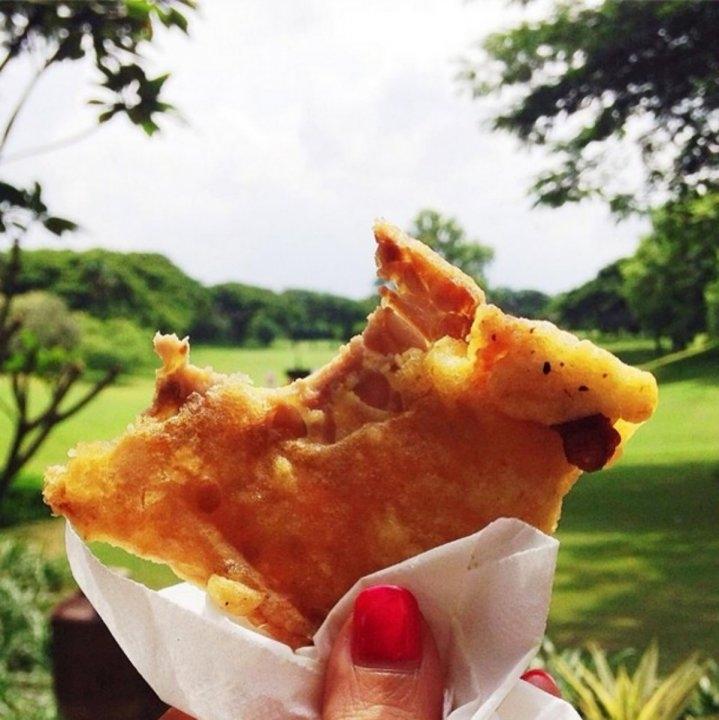 Món bánh nghệ đặc trưng ở Jakarta, Indonesia