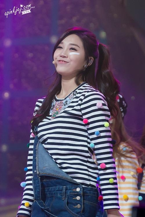 Eunji sở hữu giọng hát chuẩn và khả năng diễn xuất cực ổn