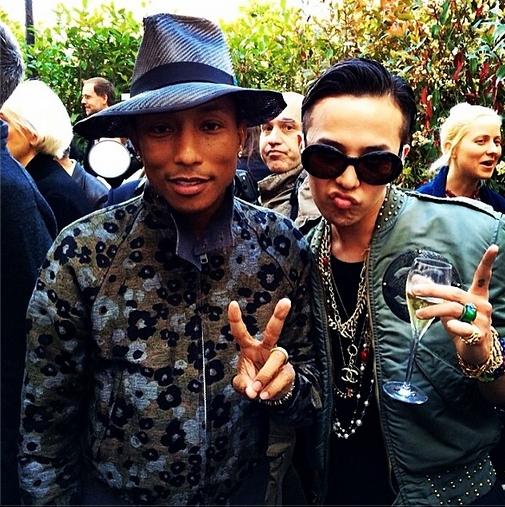 G-Dragon khoe hình gặp gỡ Pharrell tại Paris