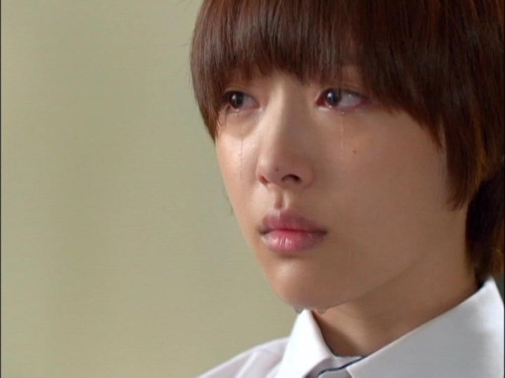 Sulli trở lại làm con gái, MinHo cương quyết đuổi cô về Mỹ
