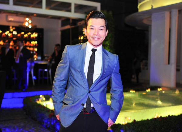 """Trong tháng 6 này, Trần Bảo Sơn sẽ cùng đoàn phim """"Đoạt hồn"""" của đạo diễn Hàm Trần tham gia chiến dịch quảng bá và phát hành phim trên toàn quốc."""