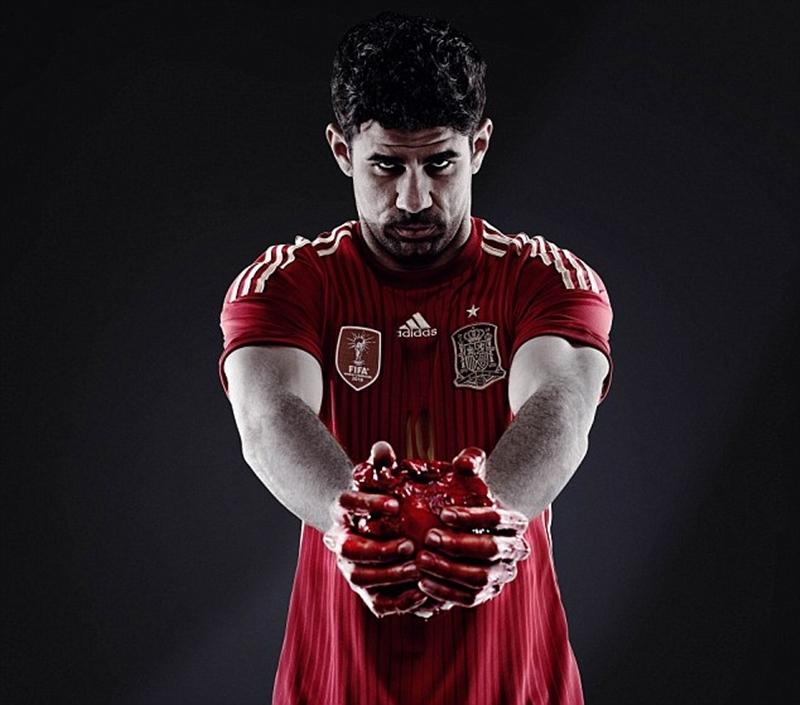 Costa trong hình ảnh tương tự
