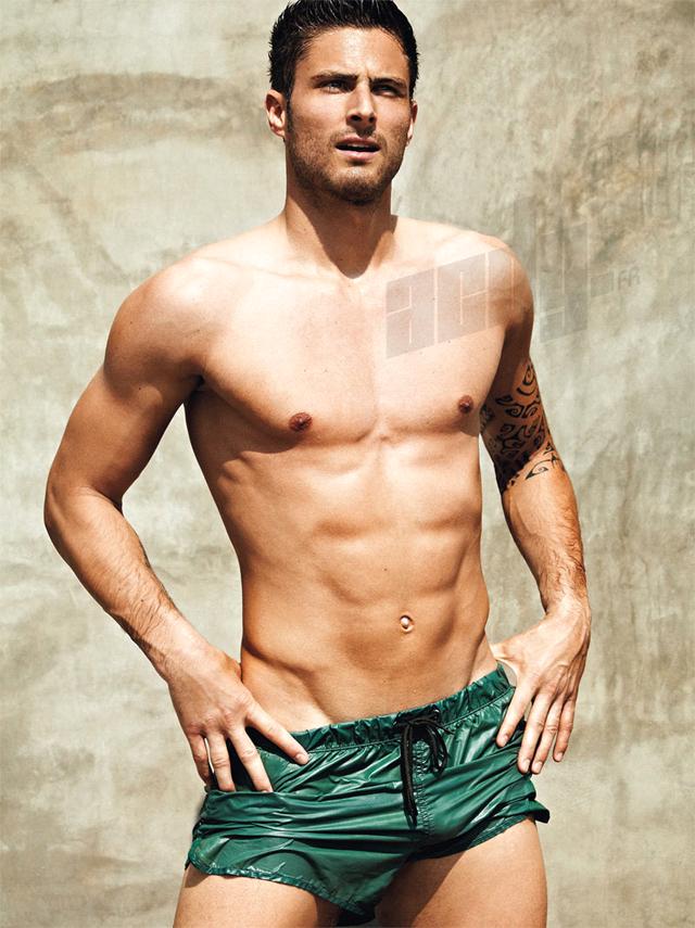Giroud là người mẫu chứ không còn là cầu thủ nữa