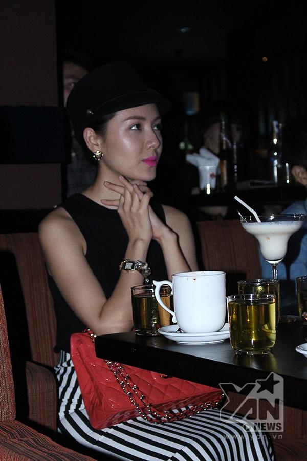 Phương Linh bất ngờ xuất hiện trong hàng ghế khán giả - Tin sao Viet - Tin tuc sao Viet - Scandal sao Viet - Tin tuc cua Sao - Tin cua Sao