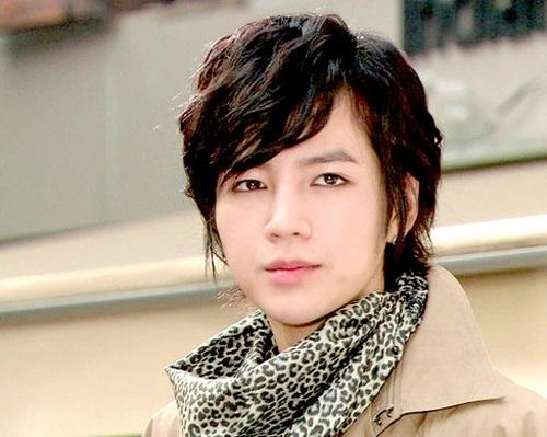 Luôn lọt top những chàng trai đẹp nhất Hàn Quốc, Jang Geun Suk cũng nằm trong danh sách mỹ nam Hàn có bờ môi gợi cảm.