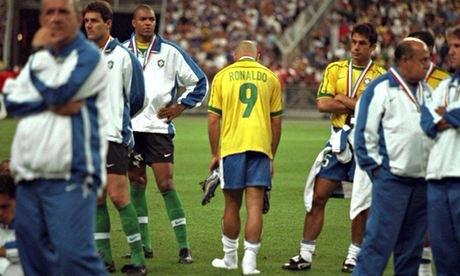 Nỗi buồn của tiền đạo người Brazil