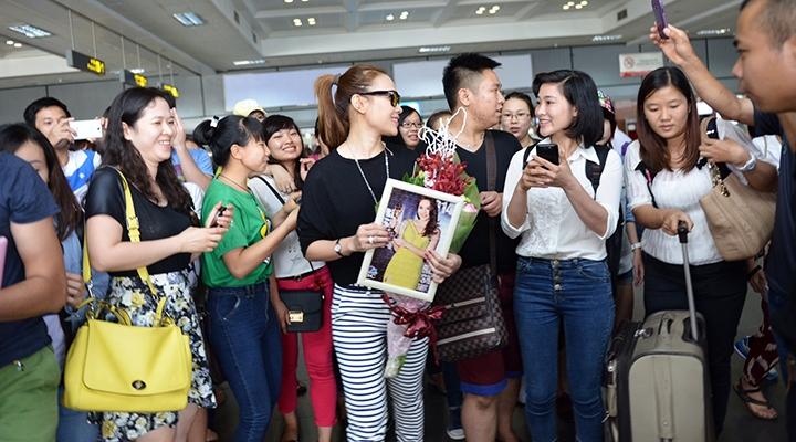 Fan chúc mừng Mỹ Tâm về giải thưởng mà cô đã mang về cho âm nhạc Việt Nam - Tin sao Viet - Tin tuc sao Viet - Scandal sao Viet - Tin tuc cua Sao - Tin cua Sao